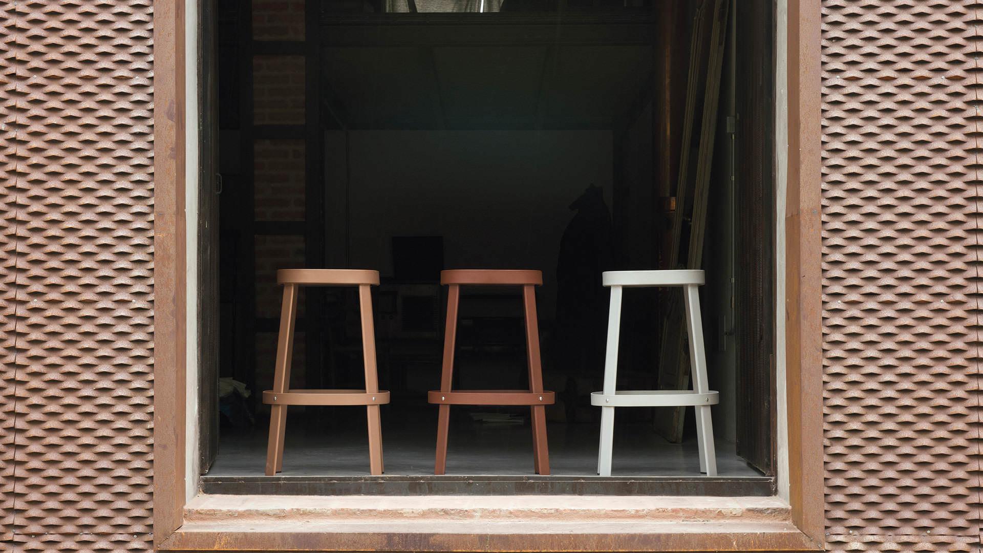 stools kitchen