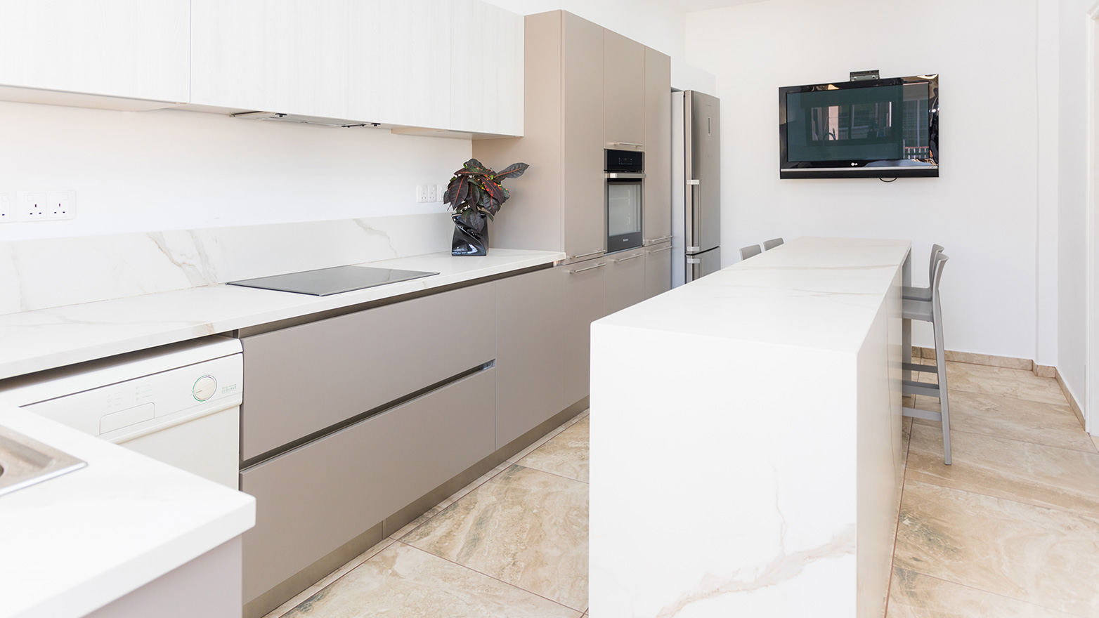 Zecchinon Cucine Multisystem & System Kappa Larnaca Kitchen Renovation Cyprus Kitchen Studio Living & More Bedroom Solutions Wardrobes Zalf Euromobil