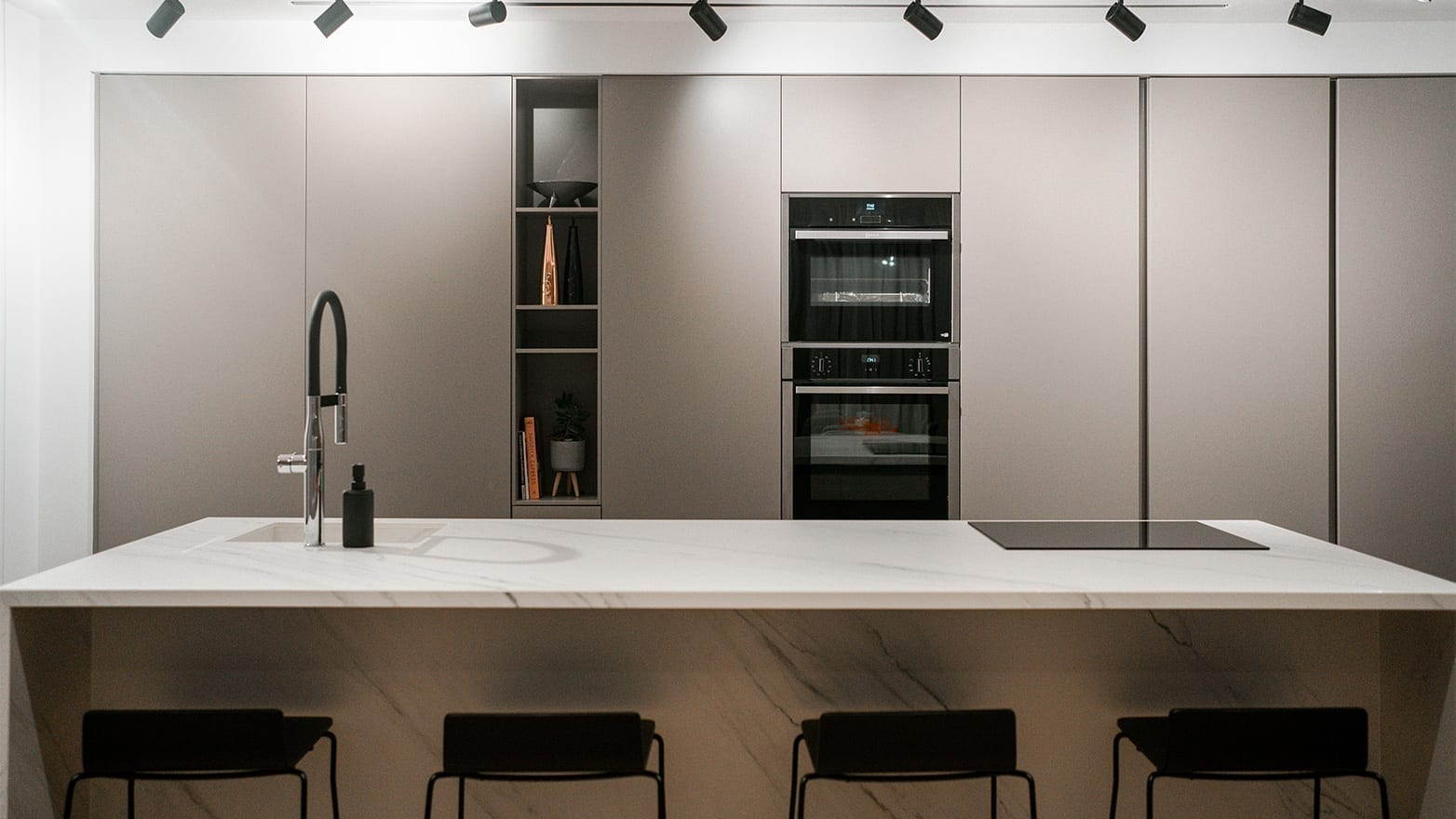 Kitchen Solutions – Residence in Larnaca